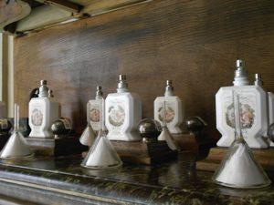 Les flacons de parfums Buly Eau Triple